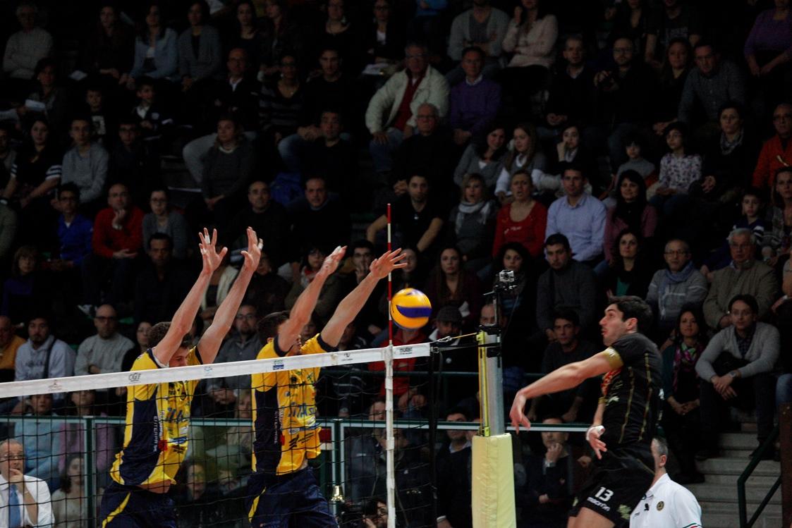 Tonno_Callipo_Vibo_Valentia_castellana_Grotte_Volley